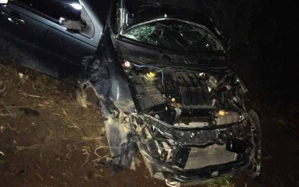 Capotamento deixa duas pessoas mortas e outras duas feridas na Bahia (Foto: AmargosaNews)