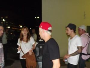Vocalista da banda NX Zero também esteve no velório (Foto: Ivair Vieira Jr/G1)