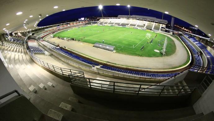 Estádio Rei Pelé, em Maceió (Foto: Jonathan Lins/G1)