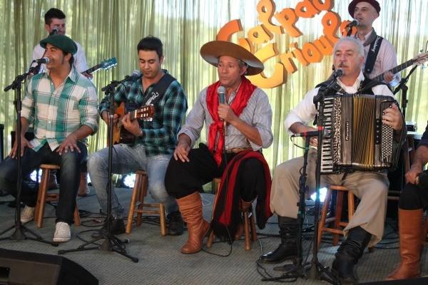 Galpão mostrou músicos gaúchos que estiveram na Festa da Música (Foto: Verônica De Giacomo/RBS TV)