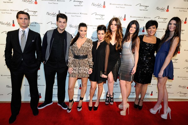 Scott Disick; Rob, Kim, Kourtney e Khloe Kardashian; Kylie, Kris e Kendall Jenner (Foto: Getty Images)
