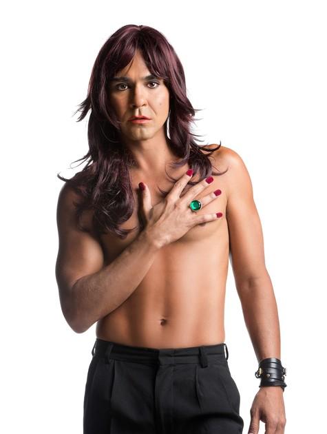 André Gonçalves será uma mulher na peça 'Amigas pero no mucho' (Foto: Divulgação)