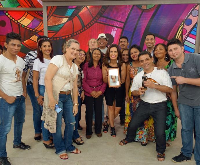 Convidados com a Fátima  (Foto: Juliana Hippert/Gshow)