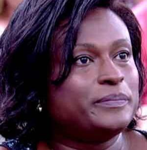 Transexual comenta dificuldade de emprego (TV Globo)
