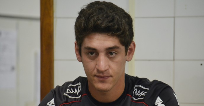 Vitor Xavier atacante Ponte Preta (Foto: Murilo Borges)