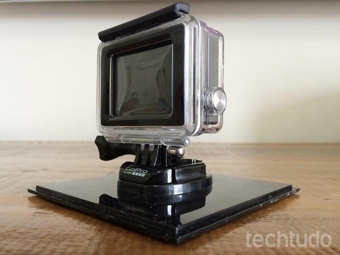 Visor LCD é um diferencial da GoPro Hero4 Silver (Foto: Victor Teixeira/TechTudo)