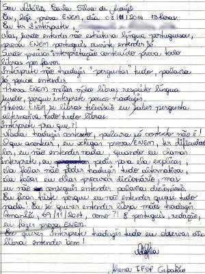Carta de próprio punho foi escrita pela jovem (Foto: Reprodução)