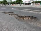 Após chuva, buracos reaparecem e causam prejuízos em Petrolina, PE