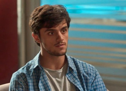 Teaser: Jonatas contraria Germano por causa de Eliza