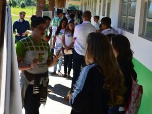 Projeto visa a integração entre estudantes do ensino médio de escolas particulares e públicas (Foto: Magda Oliveira/G1)