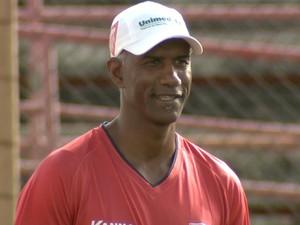 Claudinho Batista, técnico Mogi Mirim (Foto: Carlos Velardi/ EPTV)