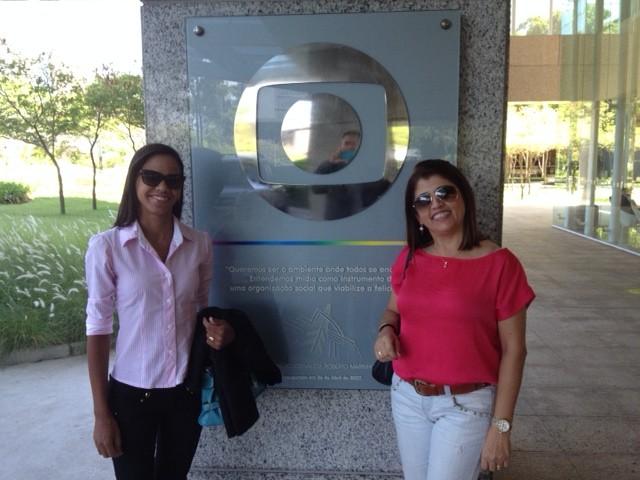 Camilla e a gestora de Marketing, Joelma Amorim, durante treinamento na Globo Sâo Paulo (Foto: Arquivo Pessoal)