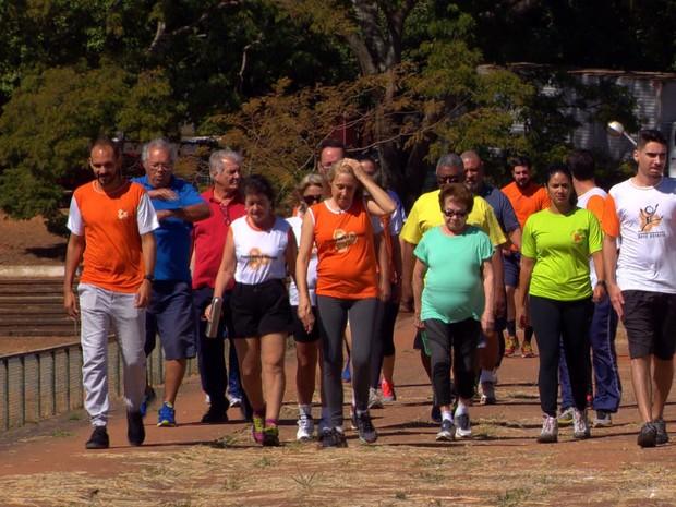 Grupo combate efeitos da diabetes com ginástica e informação (Grep) (Foto: Globo Repórter)