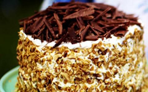 Bolo de panqueca com recheio de chocolate: receita de Jamie Oliver