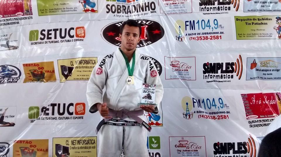 Luiz Ricardo é lutador há mais de 18 anos (Foto: Reprodução redes sociais)