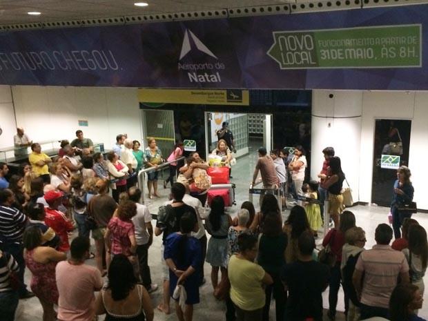 Voo que veio de Lisboa desembarcou no Augusto Severo (Foto: Fernanda Zauli/G1)