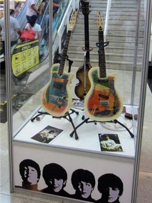 Objetos recontam hjstória dos músicos (Foto: Shopping Poços de Caldas)