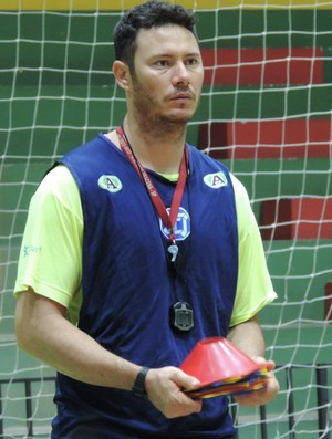 José Carlos Barbosa, Zeca, preprador físico, futsal de Dracena, Dracena (Foto: Murilo Rincon / GloboEsporte.com)