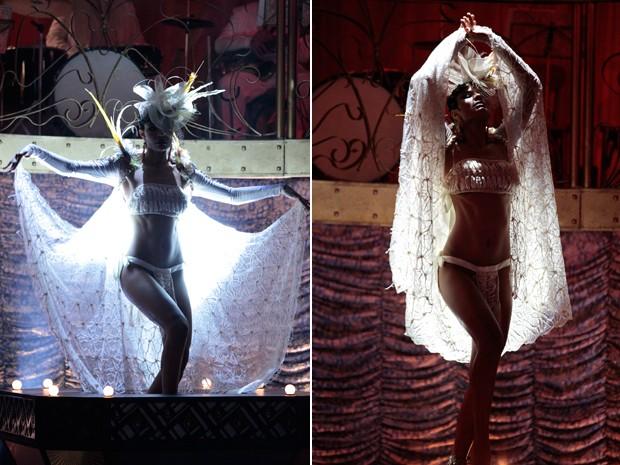 Mara faz dança sensual para Nacib (Foto: Gabriela / TV Globo)