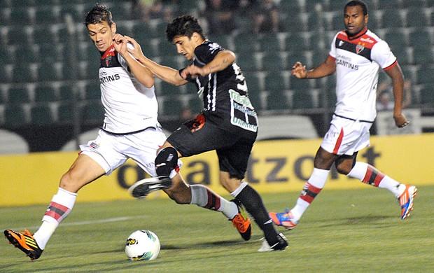 Aloisio, Figueirense e Atlético-GO (Foto: Petra Mafalda / Mafalda Press / Futura Press)