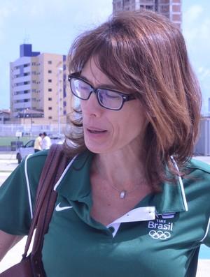 Adriana Behar em João Pessoa. Ex-atleta visita Vila Olímpica Ronaldo Marinho (Foto: Larissa Keren / GloboEsporte.com/pb)