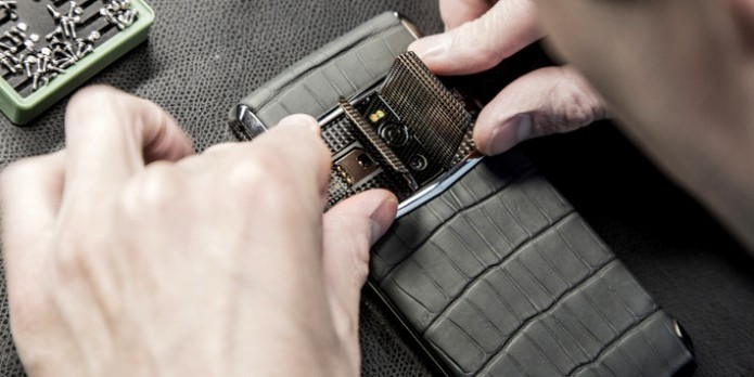 O Vertu Signature Touch é o smartphone de luxo mais potente  e caro já lançado (Foto:Divulgação/Vertu) (Foto: O Vertu Signature Touch é o smartphone de luxo mais potente  e caro já lançado (Foto:Divulgação/Vertu))