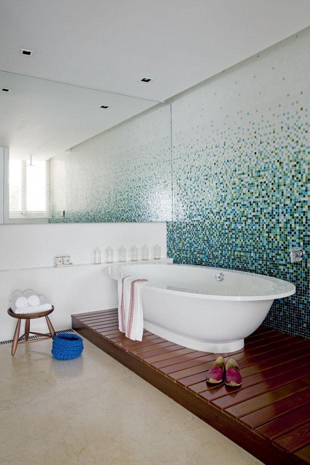 10 banheiros revestidos com pastilhas (Foto: Divulgação)