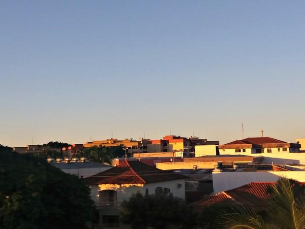 Céu na tarde desta terça-feira (14) em Campo Grande (Foto: Ronie Cruz/G1 MS)