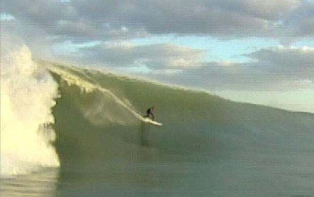 Kelly Slater surfa em Boynton Beach antes do furacão (Foto: Reprodução / Instagram)