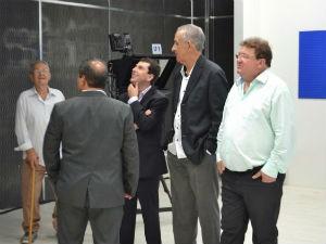 Convidados conferem cada detalhe da nova casa da Inter TV dos Vales (Foto: Pedro Samora/G1 dos Vales de Minas Gerais)