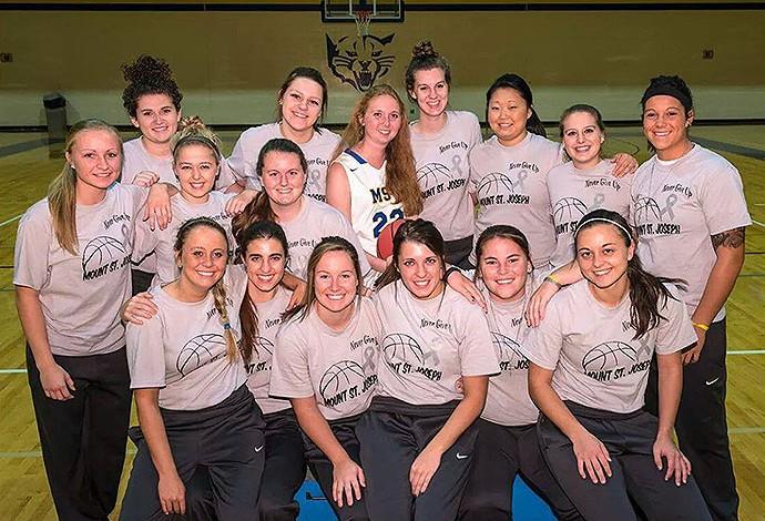 lauren Hill, jogadora do Mount Saint Joseph da NCAA (Foto: Reprodução / Facebook)