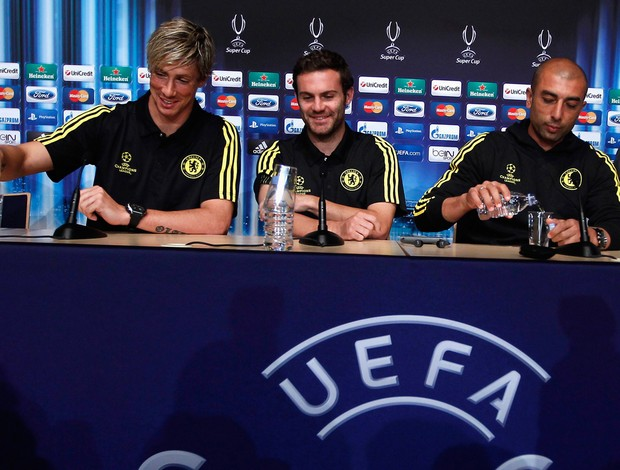 fernando torres juan mata roberto di matteo chelsea coletiva (Foto: Ag&#234;ncia Reuters)