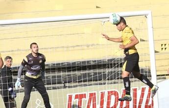 Edson não treina outra vez, e Ronaldo Zilio trabalha como titular no Criciúma