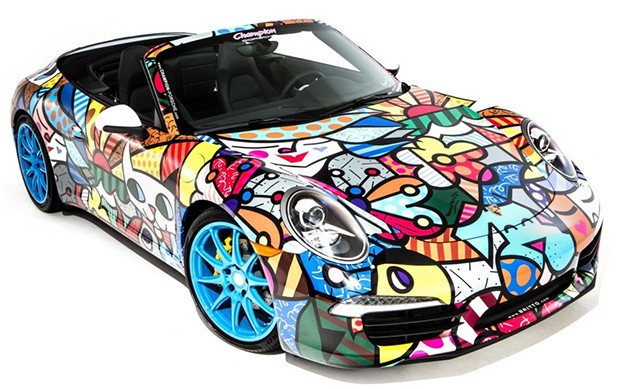 O Porsche customizado por Romero Britto (Foto: Reprodução )