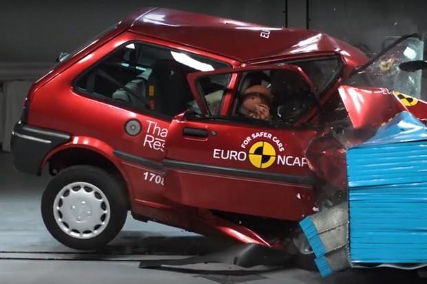 Euro NCAP compara a segurança dos carros feitos nos últimos 20 anos (Foto: Reprodução)