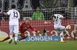 Raffael marca, e Mönchengladbach vence primeira em 2016 (AP Photo / Martin Meissner)