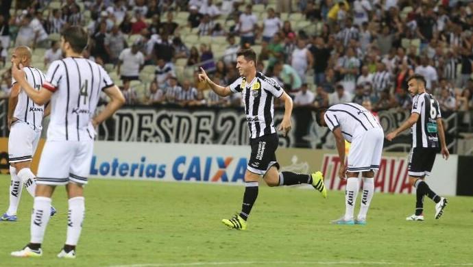 Felipe Menezes, Ceará (Foto: Christian Alekson/Cearasc.com)