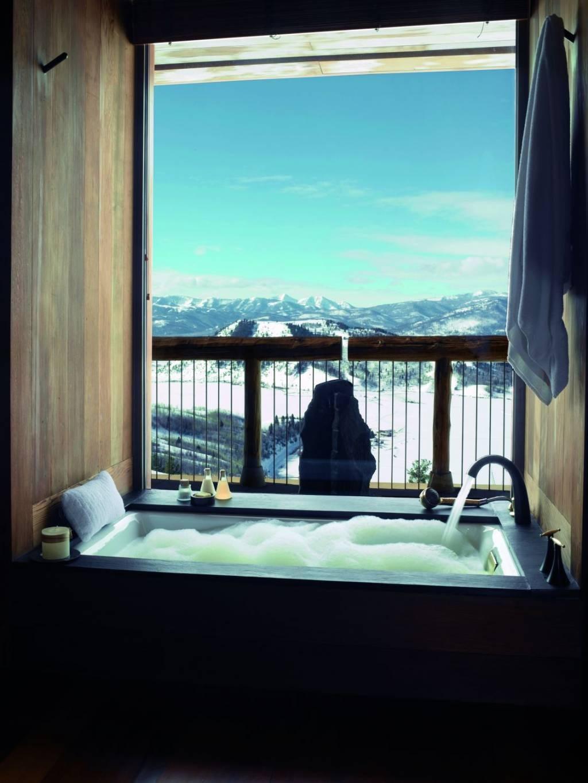 Cinco banheiros de hotéis com vistas para lá de deslumbrantes GQ  #329499 1024 1365