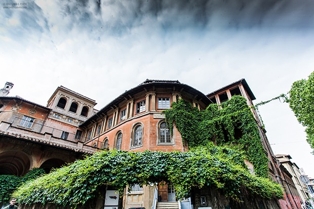 Accademia Costume & Moda's entrance, Rome. (Foto: LUIGI MARACINO)