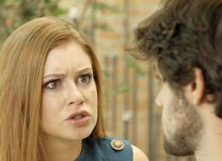 Eliza pede perdão a Jonatas
