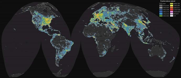 O mapa da poluição luminosa no mundo (Foto: Fábio Falchi)