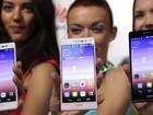 Huawei lança novo smartphone com funções para tirar 'selfie'