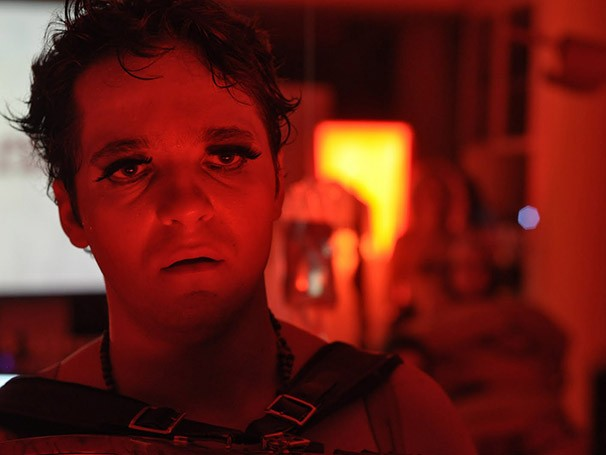 Produção da Cia Mungunzá de Teatro é estrelada por Marcos Felipe (Foto: Divulgação)