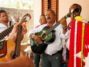Encontro de Culturas reúne grupos de folia na Vila de São Jorge, em Alto Paraíso de Goiás (Foto: Divulgação/Moema Costa)