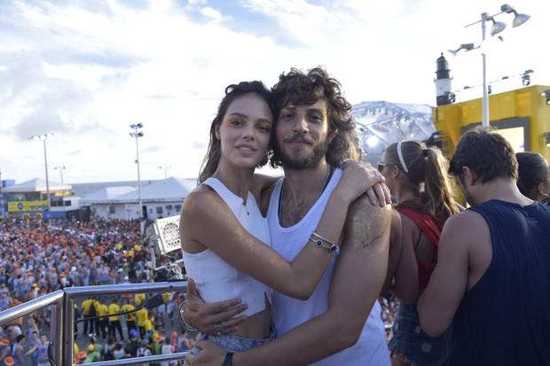 Chay Sued e Laura Neiva (Foto: Elias Dantas/Ag. Haack)