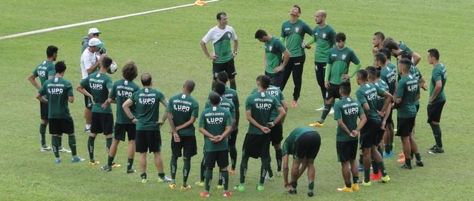 Time americano trabalho forte durante a semana para vencer o Cruzeiro (Foto: Guilherme Frossard)