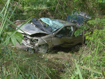 Acidente na Estrada da Muribeca deixa quatro mortos (Foto: Reprodução / TV Globo)