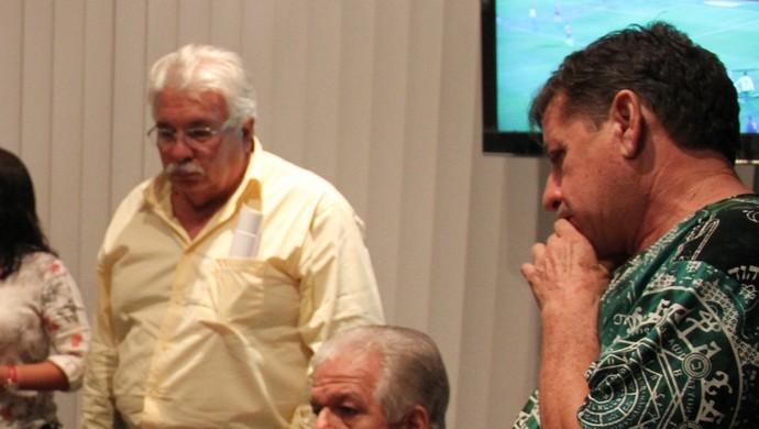 Clubes se reuniram com presidente da FAF e acertaram regulamento e fórmula de disputa do Barezão 2016 (Foto: Marcos Dantas)