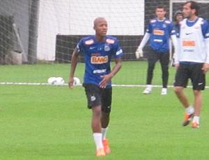 Victor Andrade Promessa do Santos (Foto: Marcelo Hazan  / GloboEsporte.com)