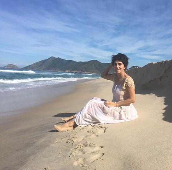 Maitê Proença posou para foto de bastidores e postou no Instagram (Foto: reprodução / Instagram)
